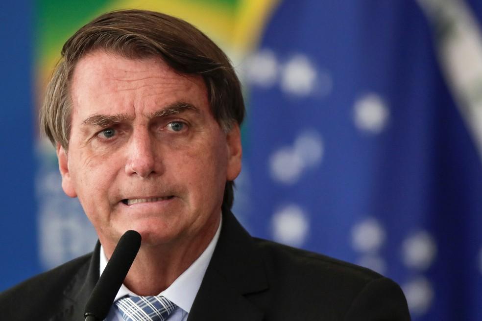 2021 08 03t000649z 1 lynxmpeh72009 rtroptp 4 politica bolsonaro barroso moral - Urna eletrônica garantiu 115 milhões de votos e 76 anos de salários aos Bolsonaro