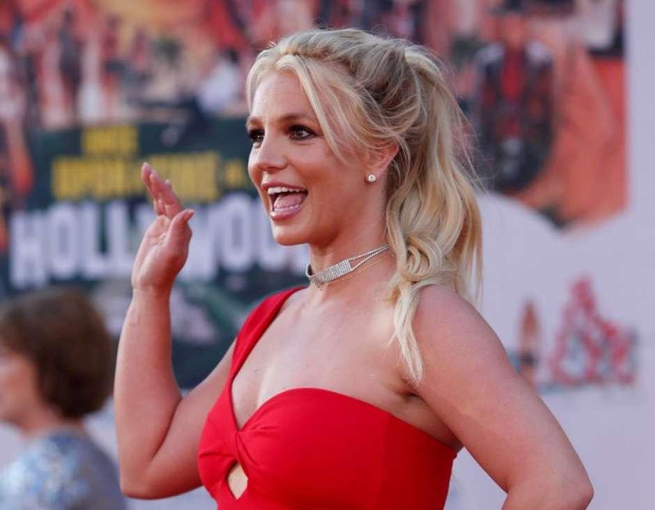 2021 08 12T230618Z 1 LYNXMPEH7B18T RTROPTP 3 PEOPLE BRITNEY SPEARS - Pai de Britney diz que cantora tem problemas com vício e saúde mental