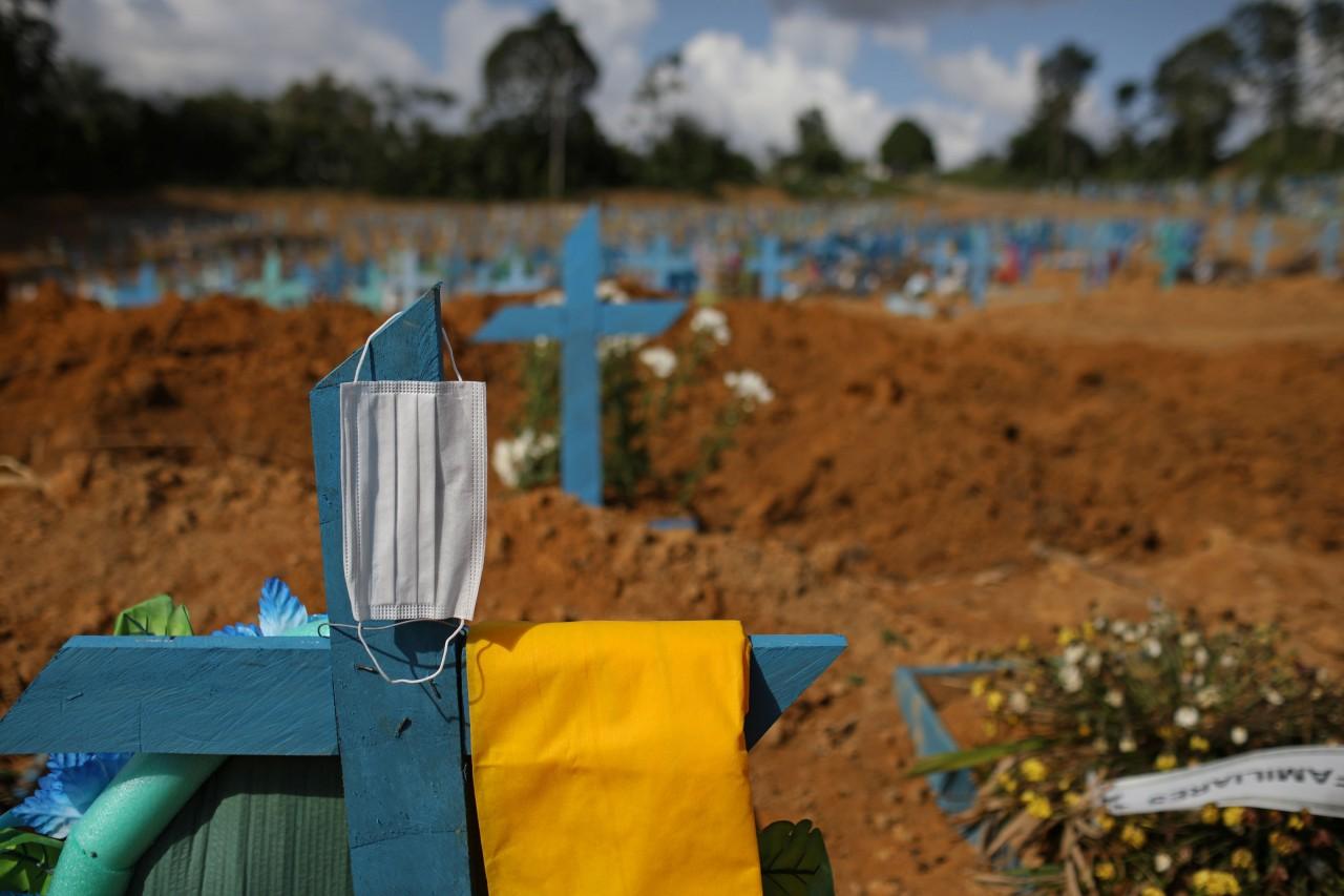 22697 66CF9A36940C6780 - Brasil tem nº mais baixo de mortes por covid desde janeiro