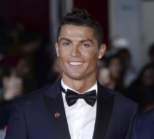 2502eaa0 bd7a 11eb 8e8d cf44d4c0b919 - Jornal detalha contrato de Cristiano Ronaldo: 2 anos e R$ 3,4 milhões por semana