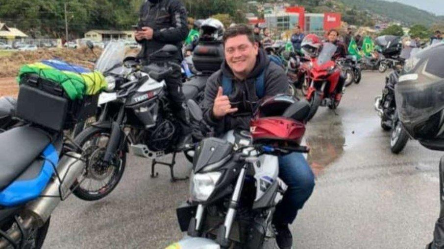 2ugf3fl2dyqxkqm7ep6jnxw8n - TRAGÉDIA! Motociclista morre em acidente após voltar de motociata de Bolsonaro
