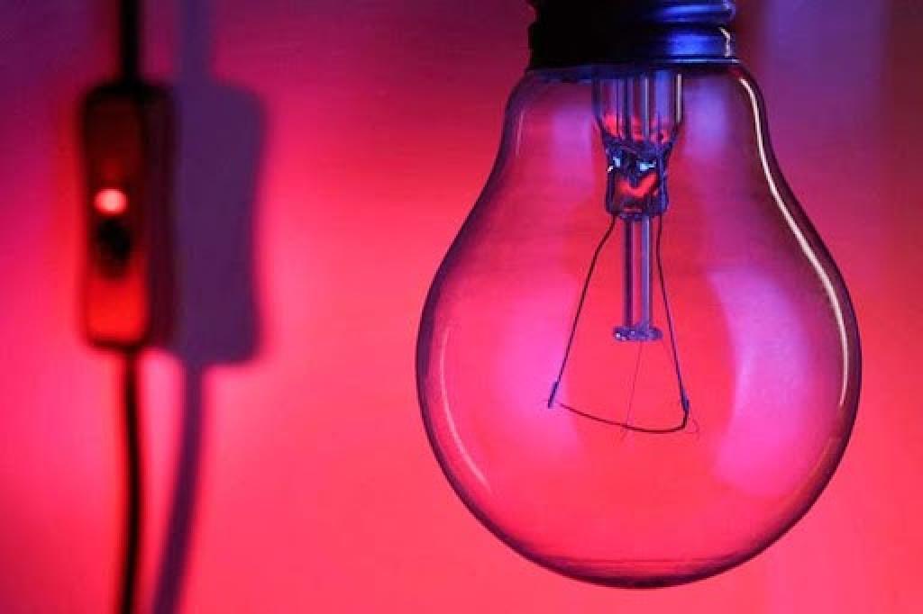 53c1dfe5ebbb1002407e18f1309ab426 - PESO NO BOLSO: Com nova bandeira criada pelo Governo, taxa extra na conta de luz vai subir 50%