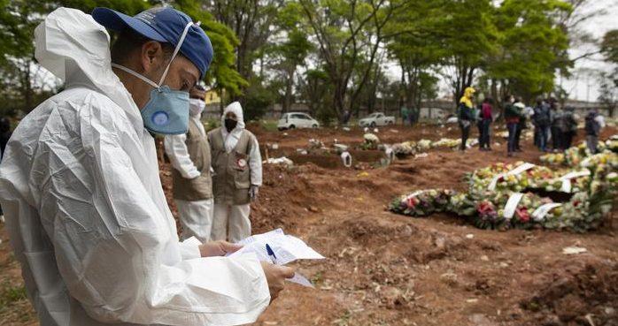54371633 303 e1628208785106 - Brasil supera marca de 560 mil mortes por covid-19