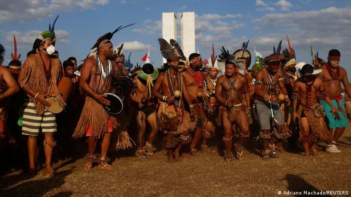 58976959 303 - Taxa de assassinatos de indígenas aumenta 21,6% em dez anos segundo Atlas da Violência