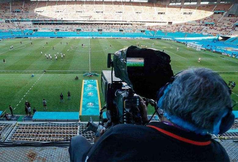 6 - Senado aprova mudança em regras de transmissão de partidas de futebol