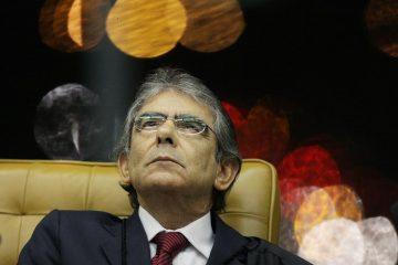 """""""Judiciário não governa, mas impede o desgoverno"""", afirma ex-presidente do STF"""