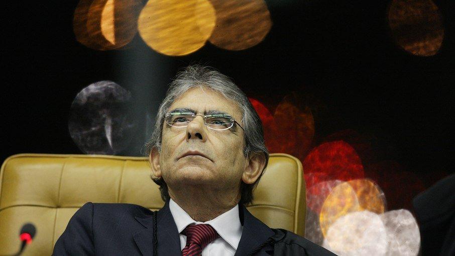"""7rta6ktq6wuwro6r389uxukp2 - """"Judiciário não governa, mas impede o desgoverno"""", afirma ex-presidente do STF"""