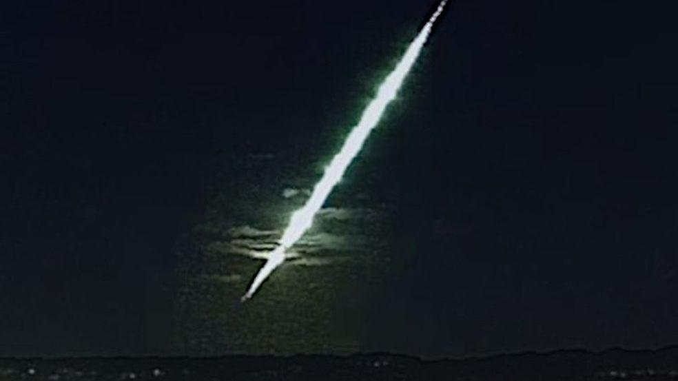 Bolido - 8 Câmeras do Nordeste registraram meteoro e pedaços podem ter chegado ao solo - VEJA VÍDEO