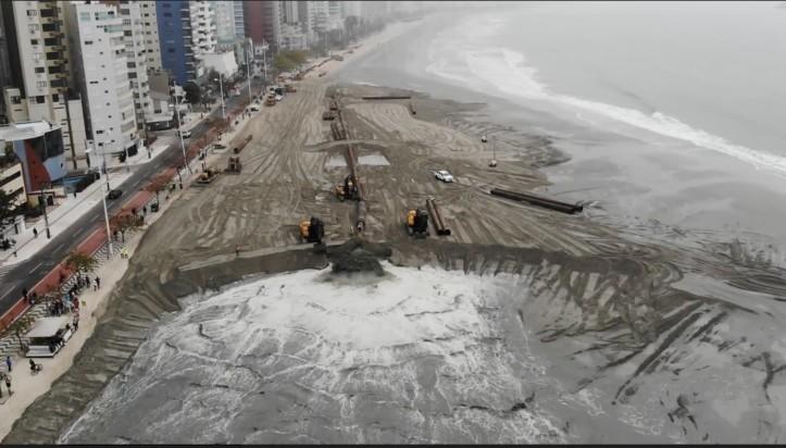 Captura de Tela 2021 08 28 às 09.54.11 - FAIXA DE AREIA: Foto de Balneário Camboriú viraliza e web usa João Pessoa como exemplo