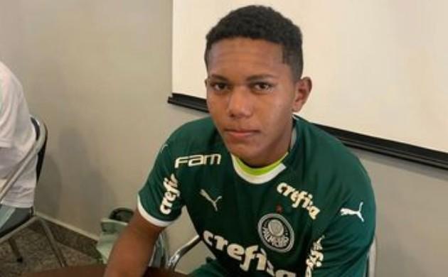 Captura de tela 2021 08 21 165832 - AOS 17 ANOS: atacante do Botafogo-PB assina contrato com o Palmeiras- SP