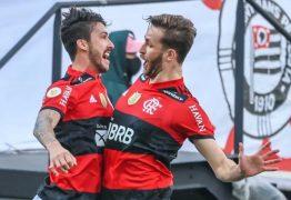 Flamengo dá show e volta a superar o Corinthians na Neo Química Arena