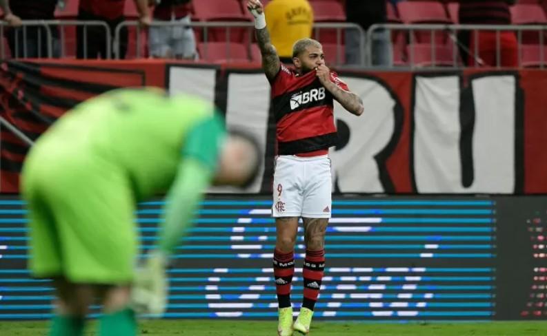 Capturar 65 - Flamengo faz 5 a 1 no Olimpia e vai à semi da Libertadores com melhor ataque