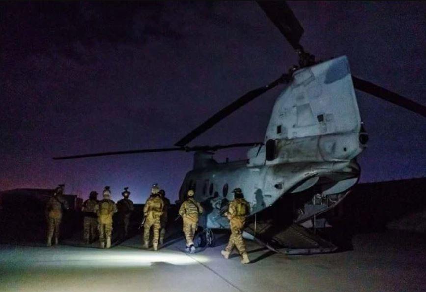 Capturar.JPGijj - Antes de deixar Cabul, Exército americano destruiu aviões e blindados