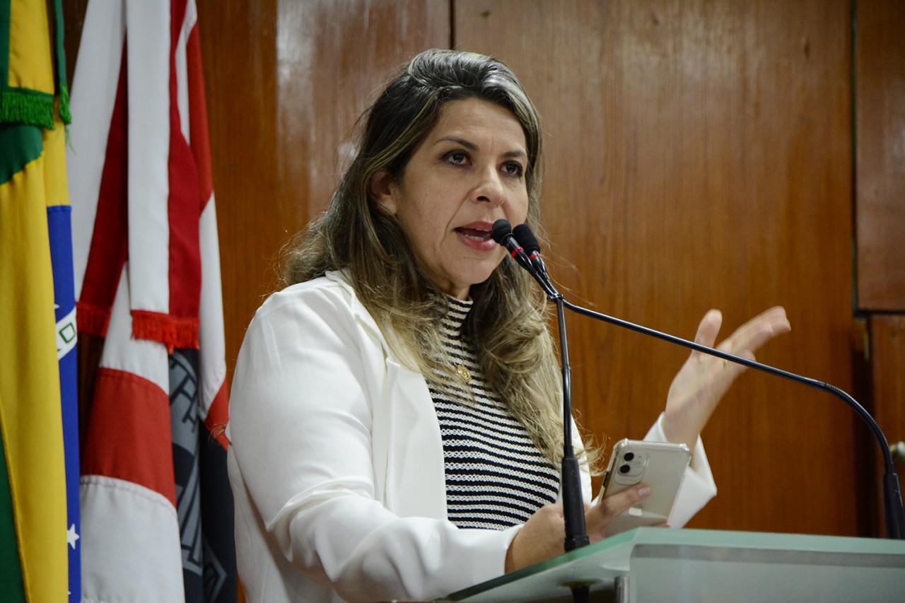 ELIZA VIRGINIA - Promotora do MPPB rebate fala de vereadora: 'crucial vacinação dos adolescentes'