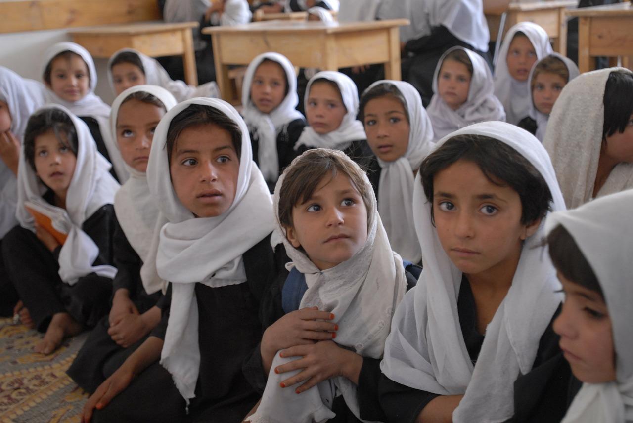 FOTO 1 - Educação passa a ser regida pelos princípios islâmicos excluindo diversidade de gênero