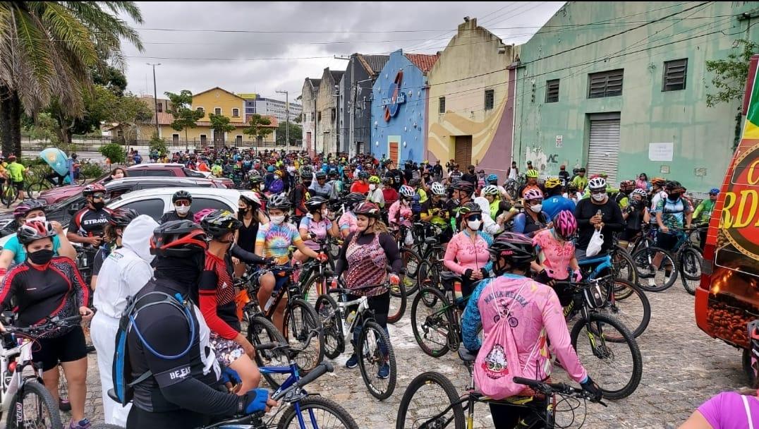 IMG 20210829 WA0039 - Cerca de 300 ciclistas participaram do Pedal Solidário promovido pela Prefeitura neste domingo
