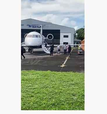 JATINHO LULA - Em jatinho privado, Lula chega a Recife para cumprir agenda política; VEJA VÍDEO