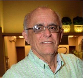 RAFAEL HOLANDA 2 1 e1629845985136 1 e1630146436788 - MEDICINA EM LUTO: Morre aos 75 anos o neurologista Rafael Holanda