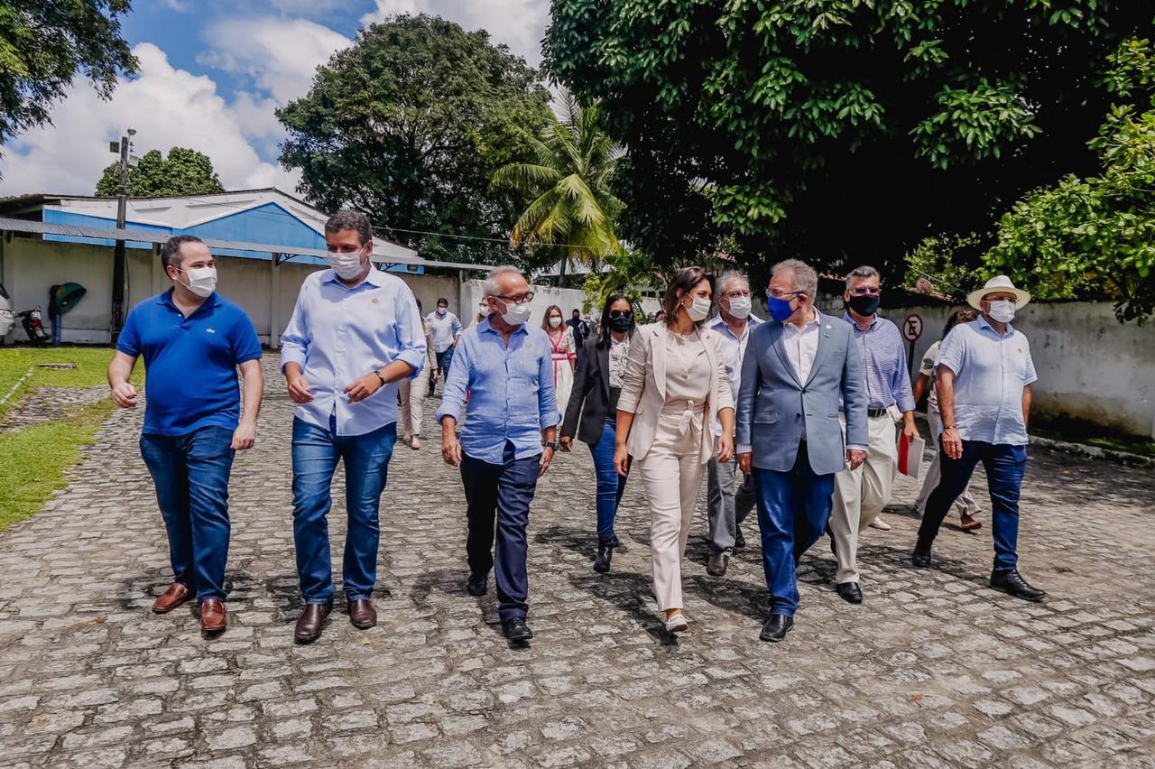 WhatsApp Image 2021 08 13 at 13.20.53 1 - Cícero Lucena e Michelle Bolsonaro visitam espaços do futuro Complexo Municipal de Doenças Raras
