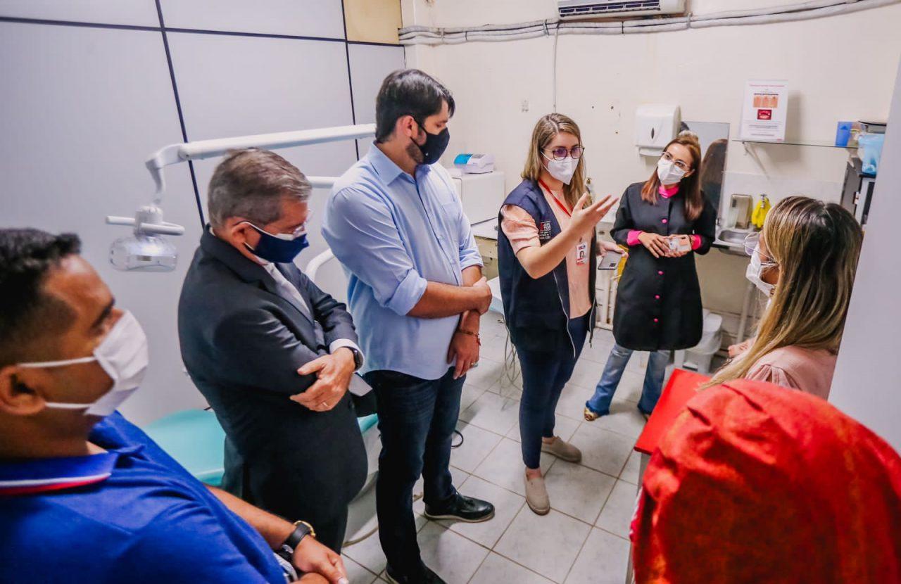 WhatsApp Image 2021 08 25 at 15.12.47 scaled - Leo Bezerra visita USFs e debate melhorias com profissionais de saúde