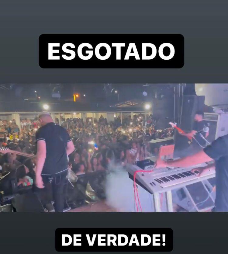 WhatsApp Image 2021 08 29 at 11.22.30 - PANDEMIA ACABOU? Danieze Santiago faz show em restaurante paraibano e causa aglomeração - VEJA VÍDEO