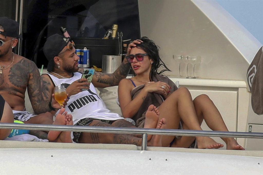 XPO NEDLY210802 15 1024x683 1 - EM GRANDE ESTILO! Nova namorada de Neymar ostenta vida de luxo em Paris e divulga fotos nas redes sociais