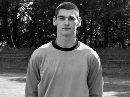 alexander shishmarev de 23 anos faleceu apos colisao em partida 1630345364317 v2 450x337 - TRAGÉDIA! Goleiro de 23 anos morre sufocado após colisão com jogador durante partida