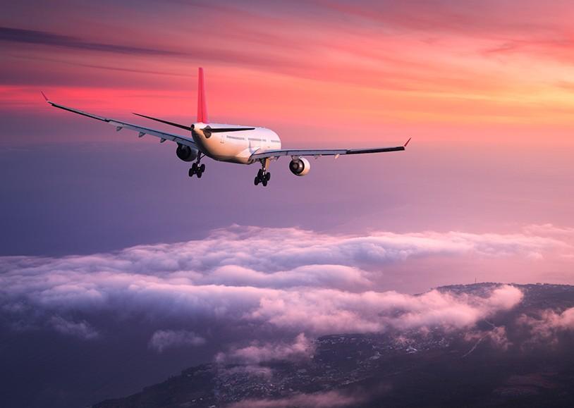 aviao - João Azevêdo revela que já dialoga com companhias aéreas para implantar voo João Pessoa-Cajazeiras - OUÇA ÁUDIO