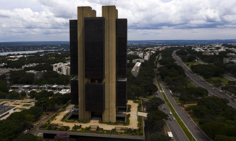 banco central 0514203042 - Mercado financeiro eleva projeção da inflação para 7,27% este ano