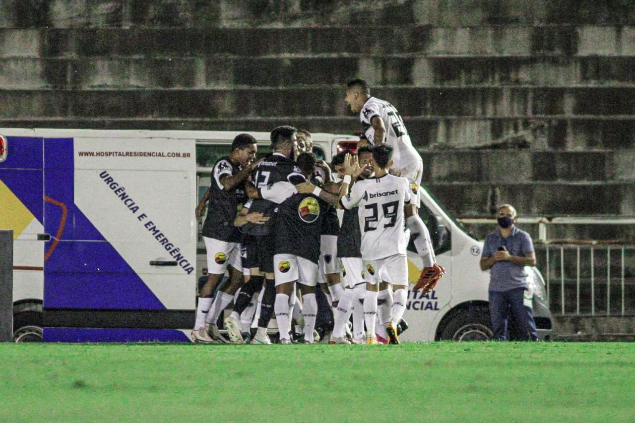 botafogo pb - De virada, Botafogo-PB vence Paysandu e assume a liderança do Grupo A da Série C