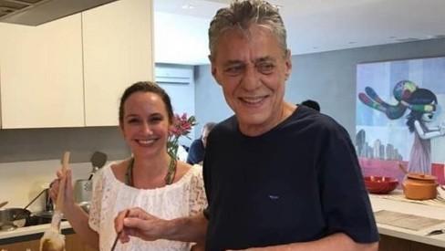 chico buarque - Aos 77 anos, Chico Buarque anuncia casamento com advogada curitibana