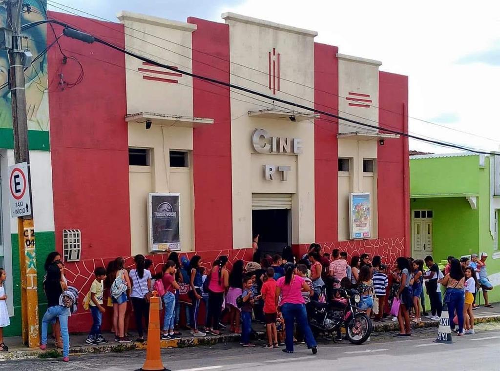 cine rt - EM REMÍGIO: Único cinema de rua em atividade faz campanha para arrecadar recursos e evitar fechamento