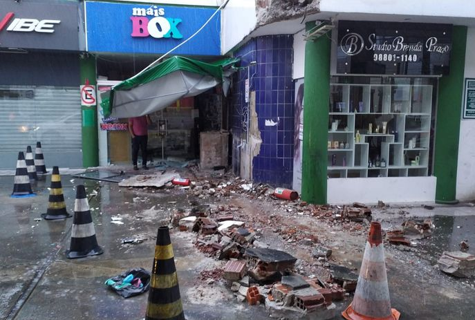 csm WhatsApp Image 2021 08 10 at 06.17.04 3ce2440bce - Caminhão de lixo é usado em assalto a posto de combustível em João Pessoa