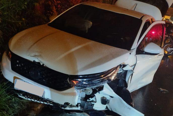 csm acidente carro e motos cuia 7940808cef - Colisão envolvendo carro e motos mata mulher e deixa homem e criança feridos no Cuiá
