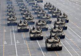 """Deputado bolsonarista usa foto de exército chinês para elogiar desfile de blindados em Brasília: """"Mexeu com meu patriotismo"""""""