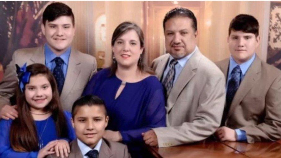 e82jjplww3i5flxjno9t63fbi - TRAGÉDIA EM FAMÍLIA: Casal negacionista que recusou vacina morre de Covid-19 e deixa 4 filhos