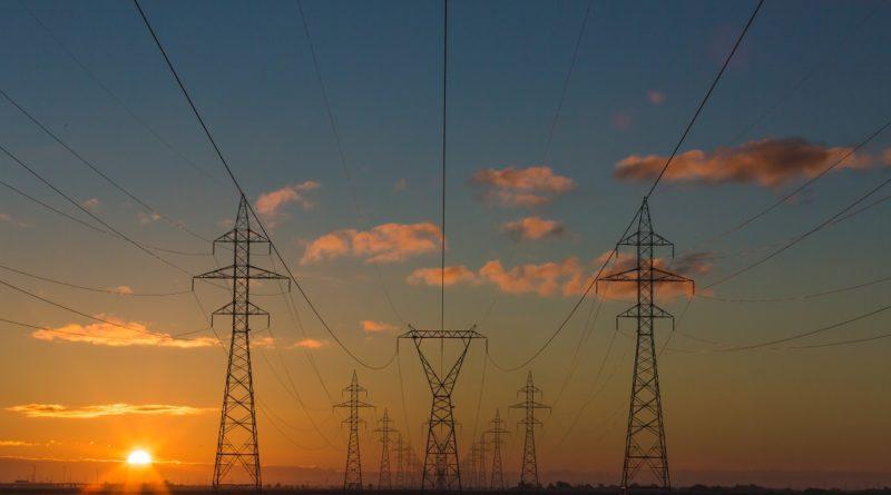 energia eletrica uninter 800x445 1 - Apagão à vista? Julho de chuvas escassas piora ainda mais a crise energética