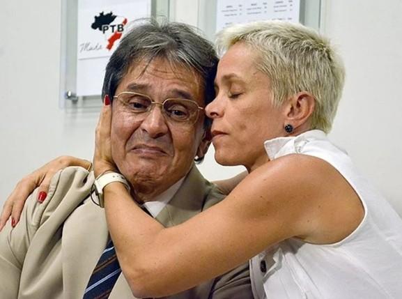 """filha - """"Somos perseguidos políticos"""", diz filha de Roberto Jefferson"""
