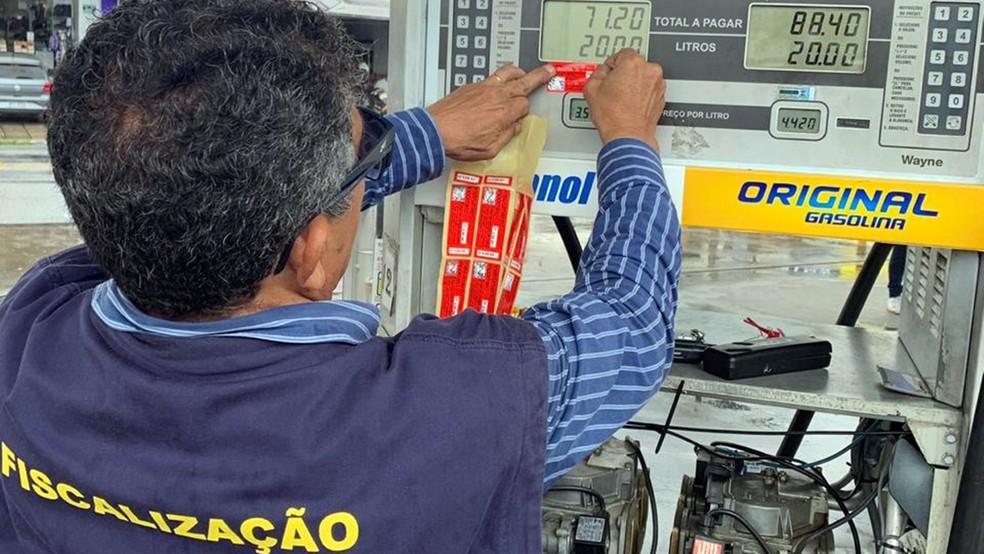 fiscalizacao postos mp procon imeq - Mais de 50 postos são notificados por venda irregular de combustível