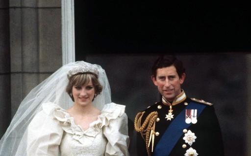 gettyimages 52102552 - LEILÃO: 40 anos após o casamento real de Diana e Charles, fatia do bolo é vendida por 2 mil euros