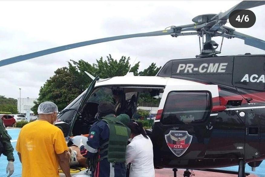 helicoptero socorre homem para hospital de trauma - Acidente de trânsito: Com apoio de helicóptero, homem é socorrido em estado grave para hospital de João Pessoa