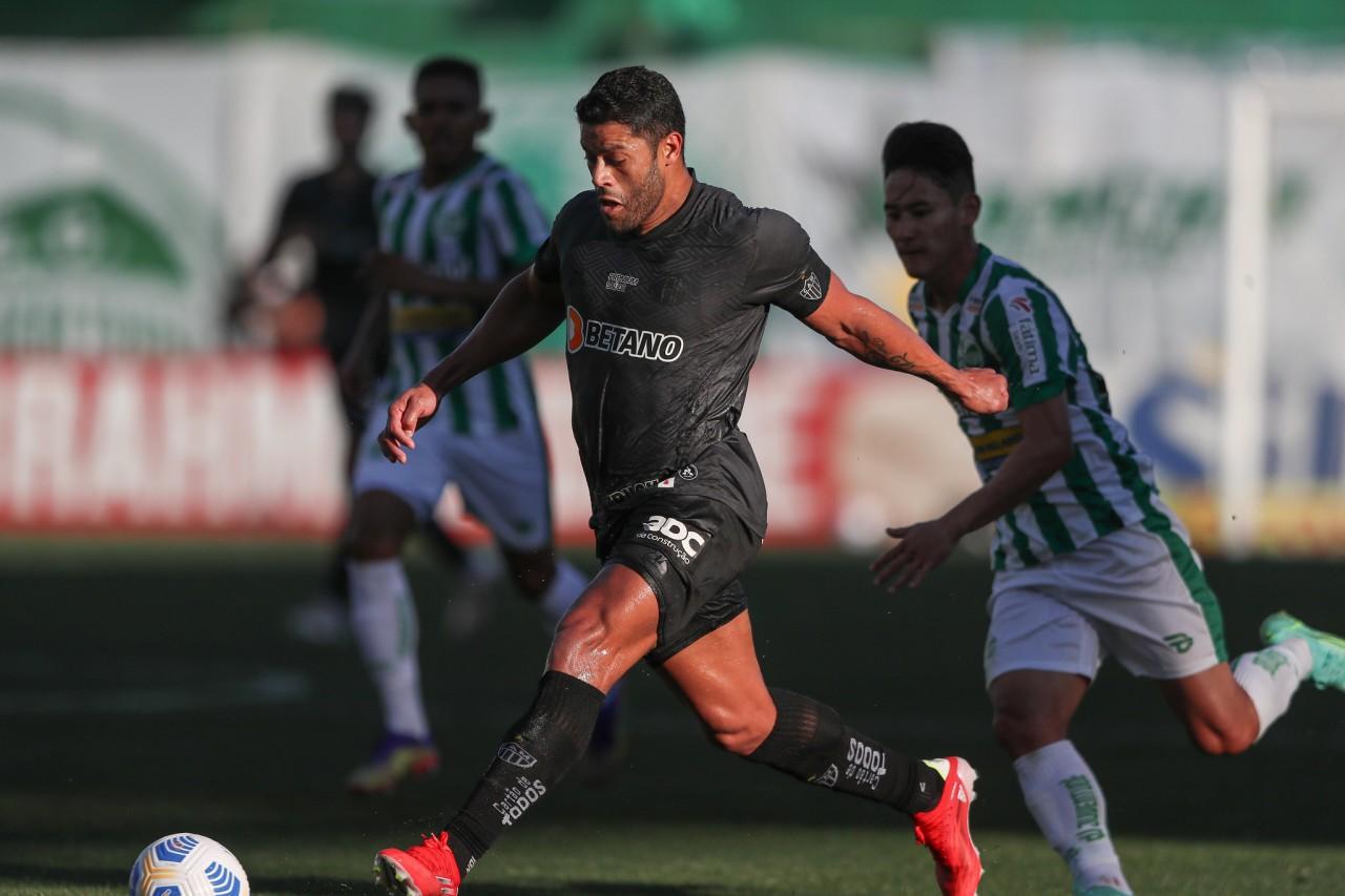 hulk atletico - Com gol de Hulk, Atlético-MG vence Juventude e é o novo líder do Campeonato Brasileiro