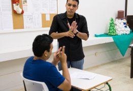 Nova lei inclui educação bilíngue de surdos como modalidade na LDB