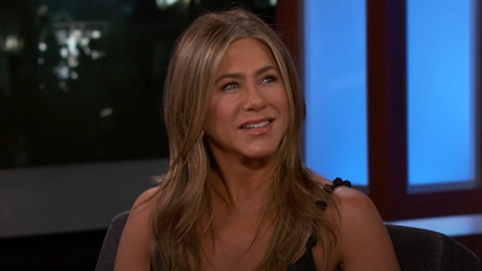 jennifer aniston.jpgjm  - Moderada, Jennifer Aniston afirma que come 'uma única batata frita' quando está estressada