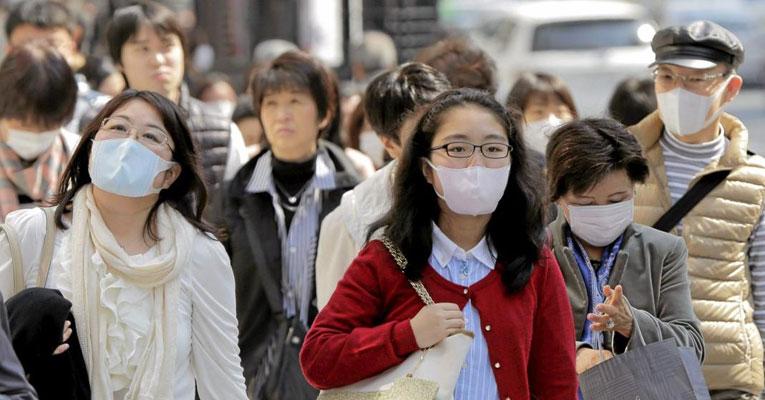 mascara japao - NOVAS MEDIDAS: Prestes a começar as Paralimpíadas, Japão amplia o estado de emergência; país registrou mais de 20 mil casos em 24h