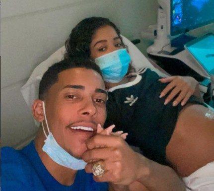 mc poze e vivianne e1630005076952 - Grávida do terceiro filho, namorada de MC Poze é hospitalizada e afirma se sentir fraca
