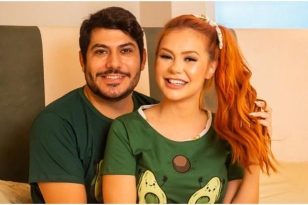 """mirela janis - Mirela Janis anuncia fim de noivado com cunhado de Hulk Paraíba: """"Cansei de mentiras e farra, agora é outra vibe"""" - VEJA VÍDEO"""
