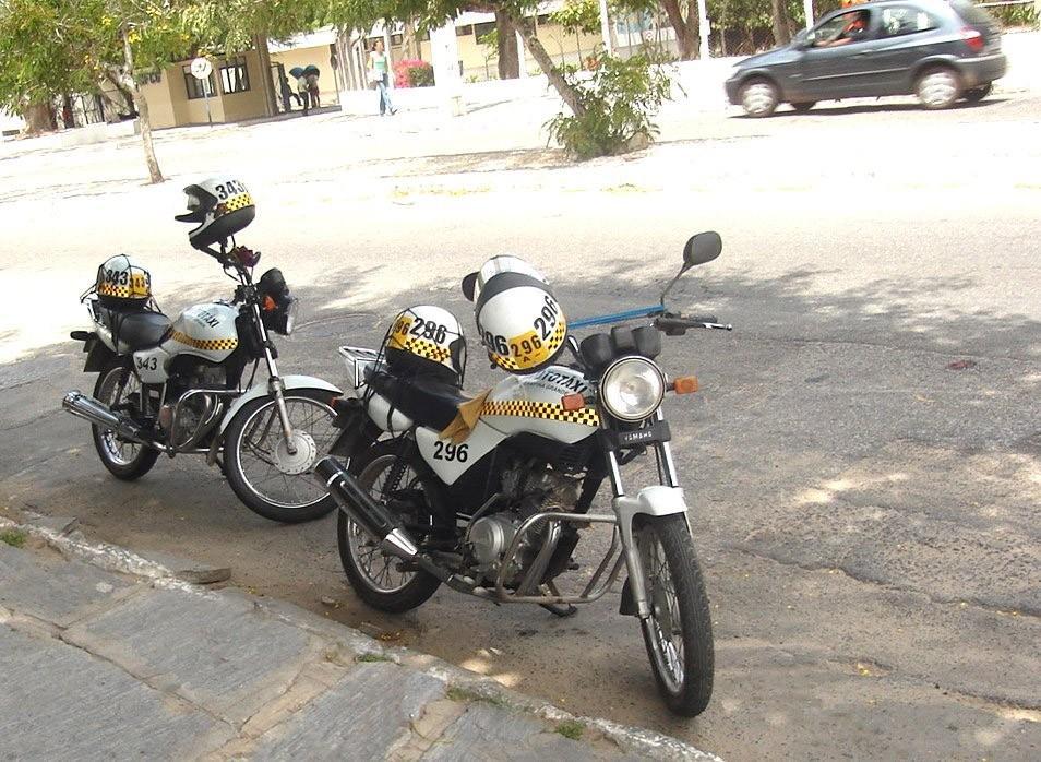 mototaxi cg3003 - Prefeitura de Campina Grande distribui cestas básicas para profissionais do setor de transporte