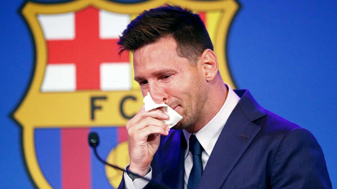naom 611114d7224db 1 scaled - Personalidades que fizeram história no Barcelona prestam homenagem a Lionel Messi