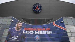 naom 61151eca32fbb 300x169 - Messi participa de primeiro treino no PSG; Mbappé pode antecipar saída